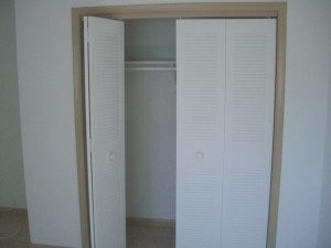 808-12-bedroom3-sm