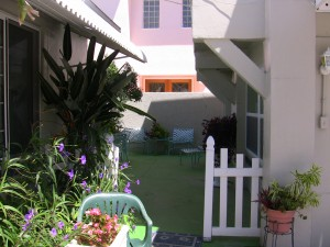 Apartment Rental: Cuckcoo's Nest, 1300 Beach Trail, Apt 2, Indian Rocks Beach
